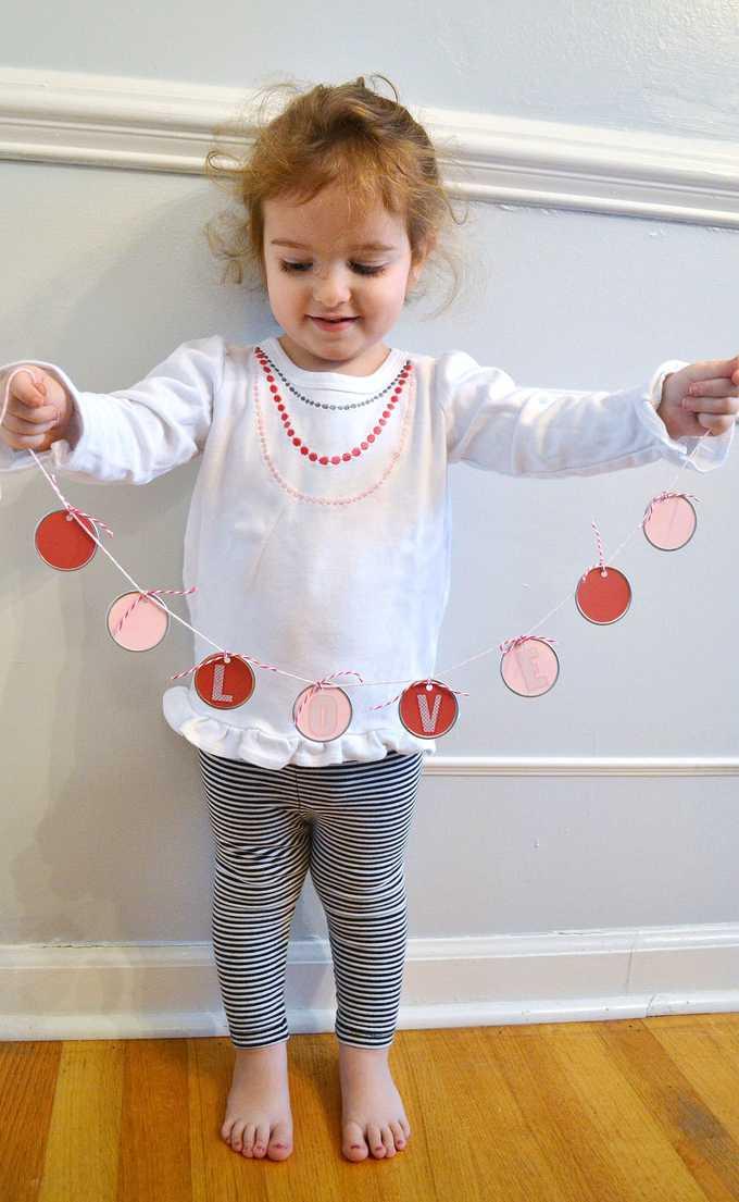 valentines day garland 1