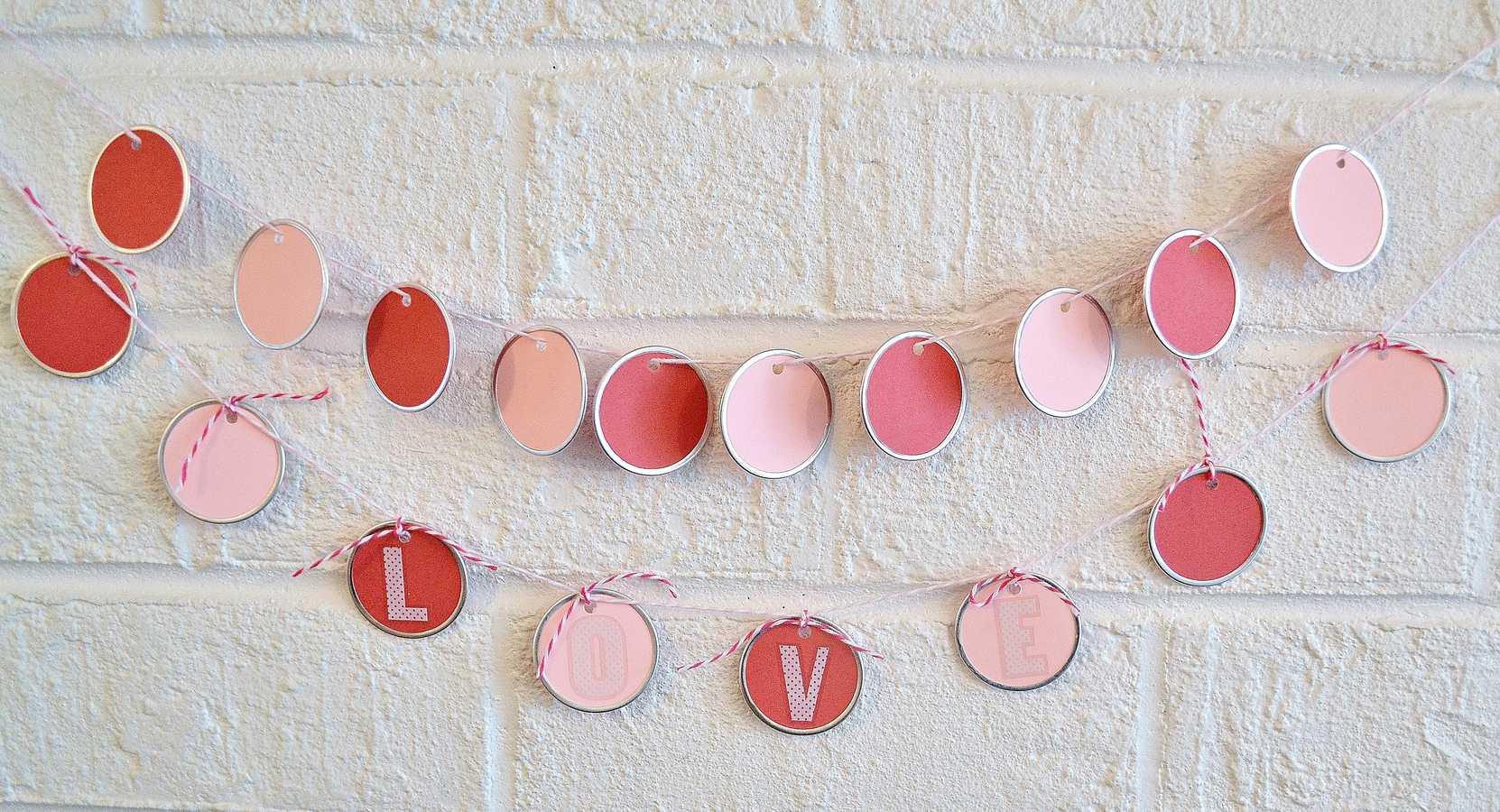 valentines day garland 2
