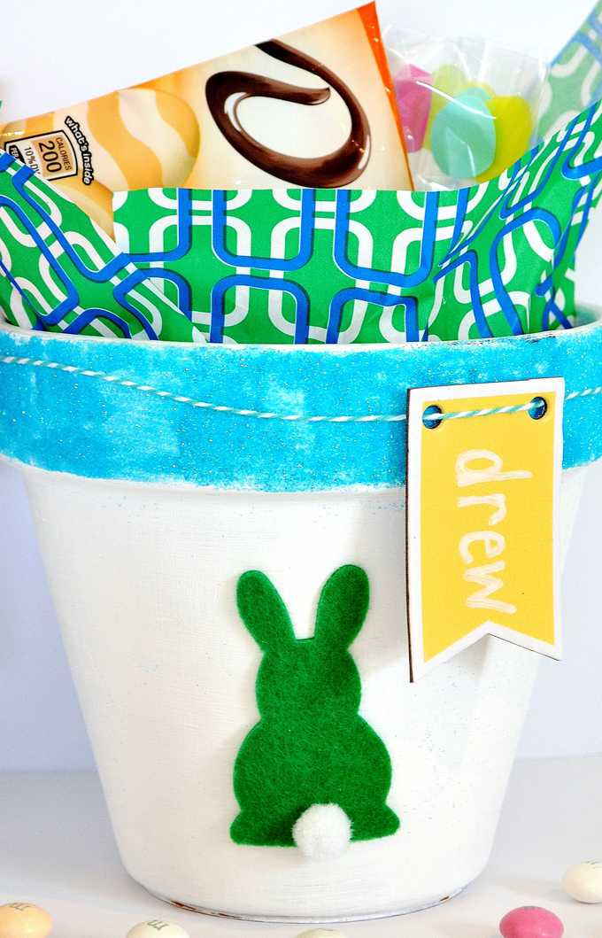 diy easter baskets burlap and blue