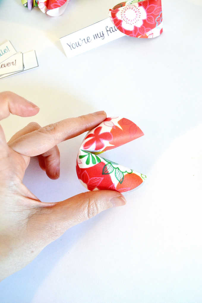paper fortune cookie