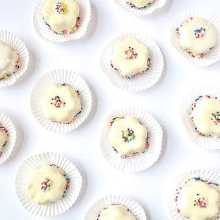 flower mini cakes {a recipe}
