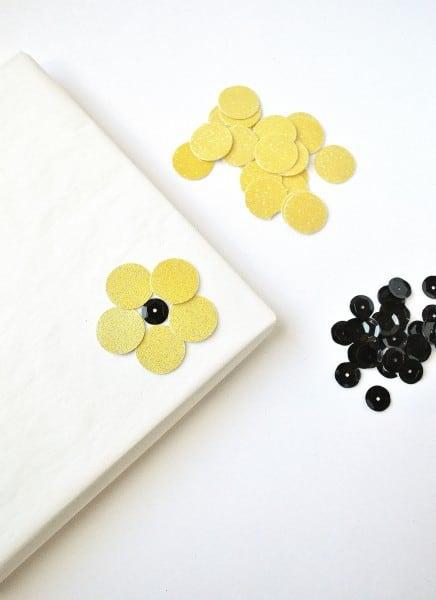 sunflowers gift wrap