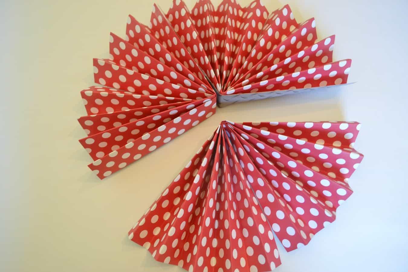 paper rosettes 8