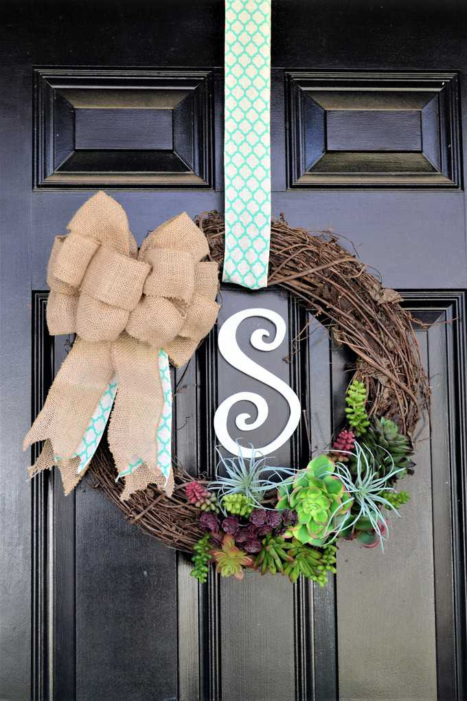Succulent Wreath 10