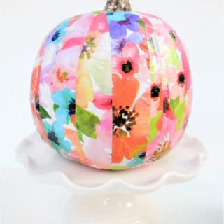 pumpkin decorating idea {simple mod podged pumpkin}