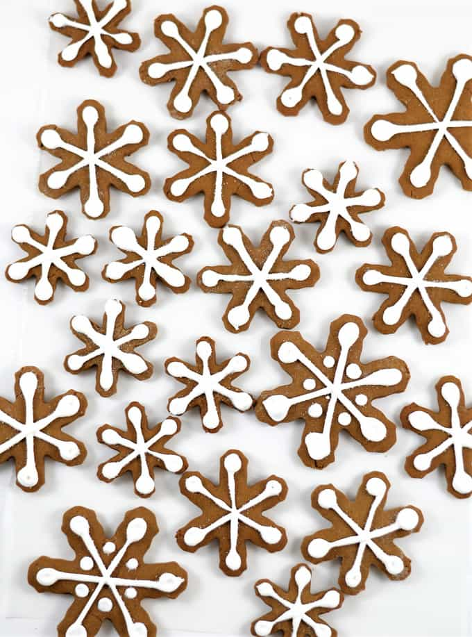 gingerbread snowflakes 1