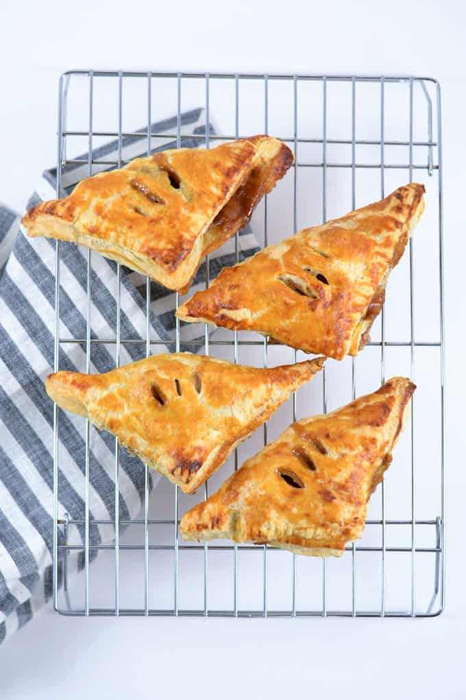 puff pastry apple turnovers 5