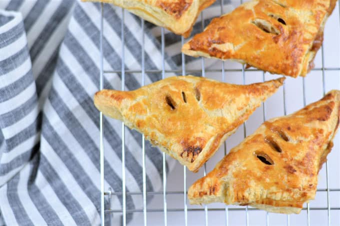 puff pastry apple turnovers 6