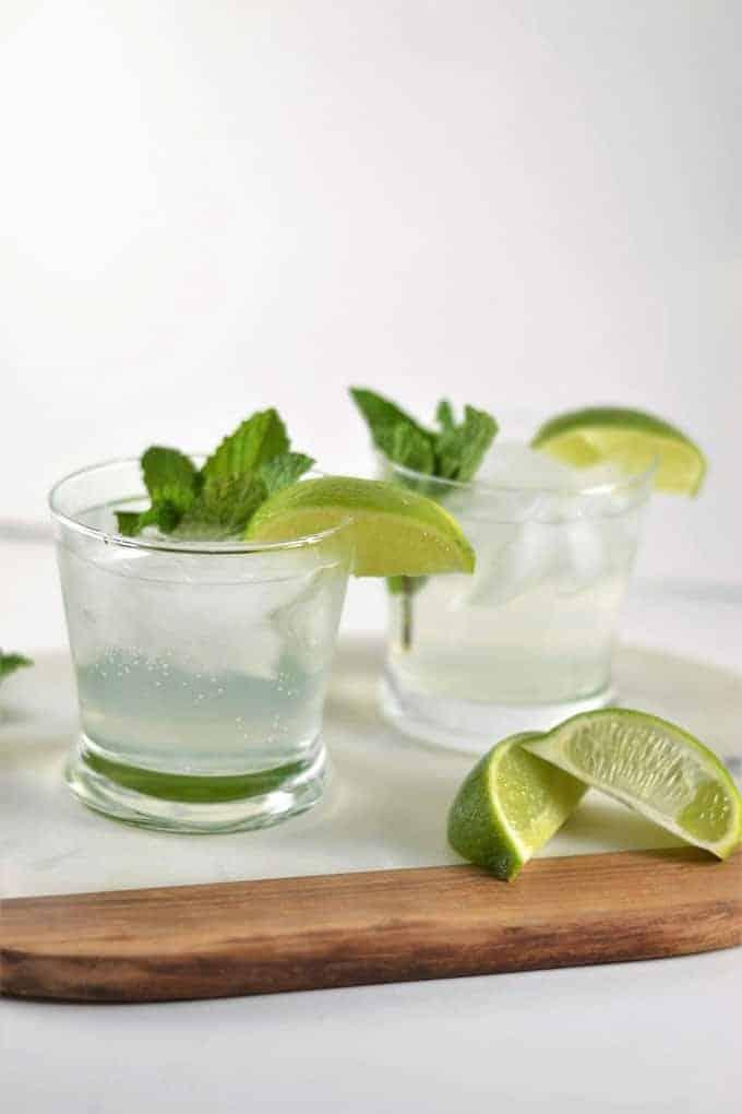 Easy Cocktail Recipe-Cucumber Elderflower Fizz
