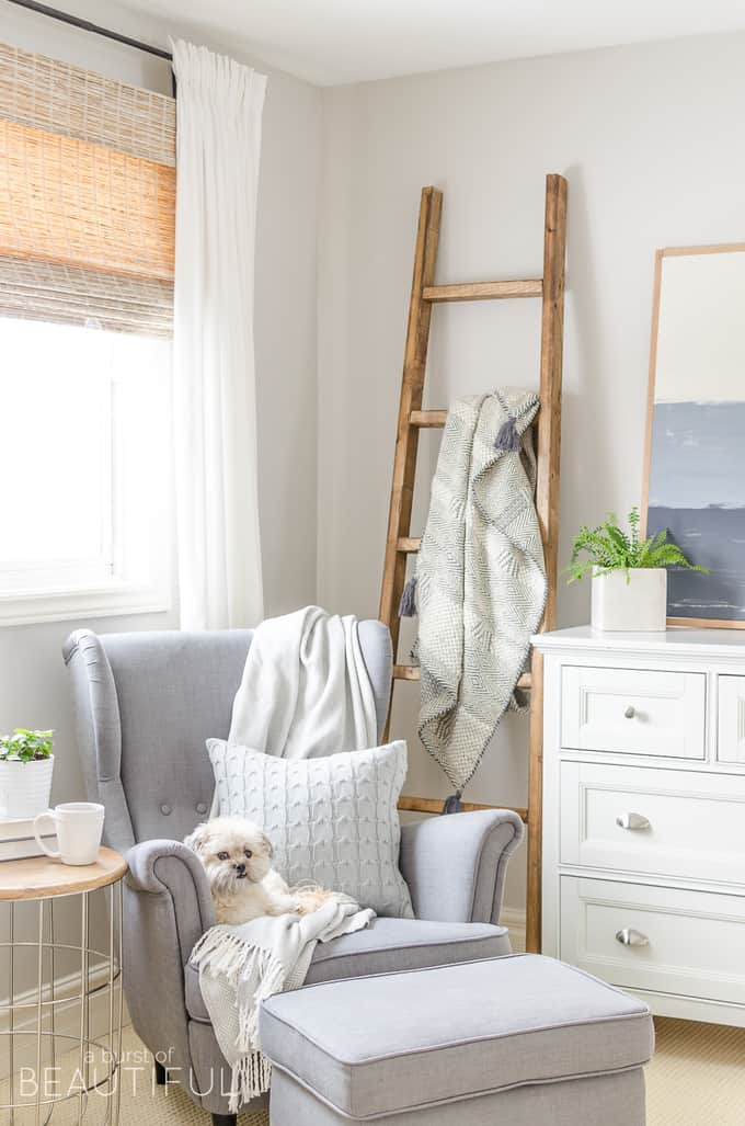 decorate an empty corner