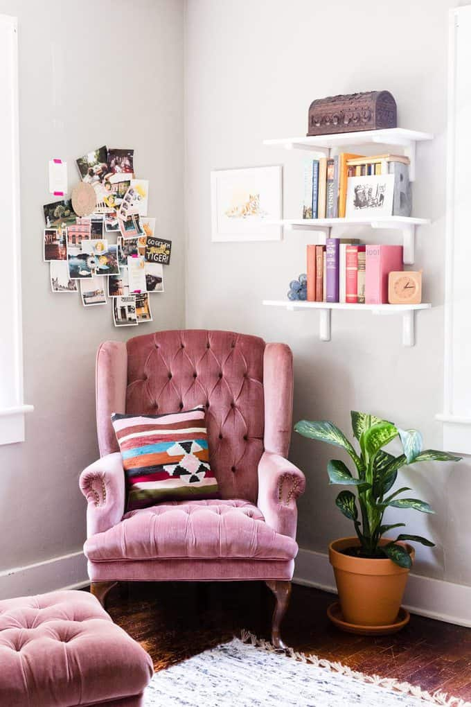 decorate corner of a room