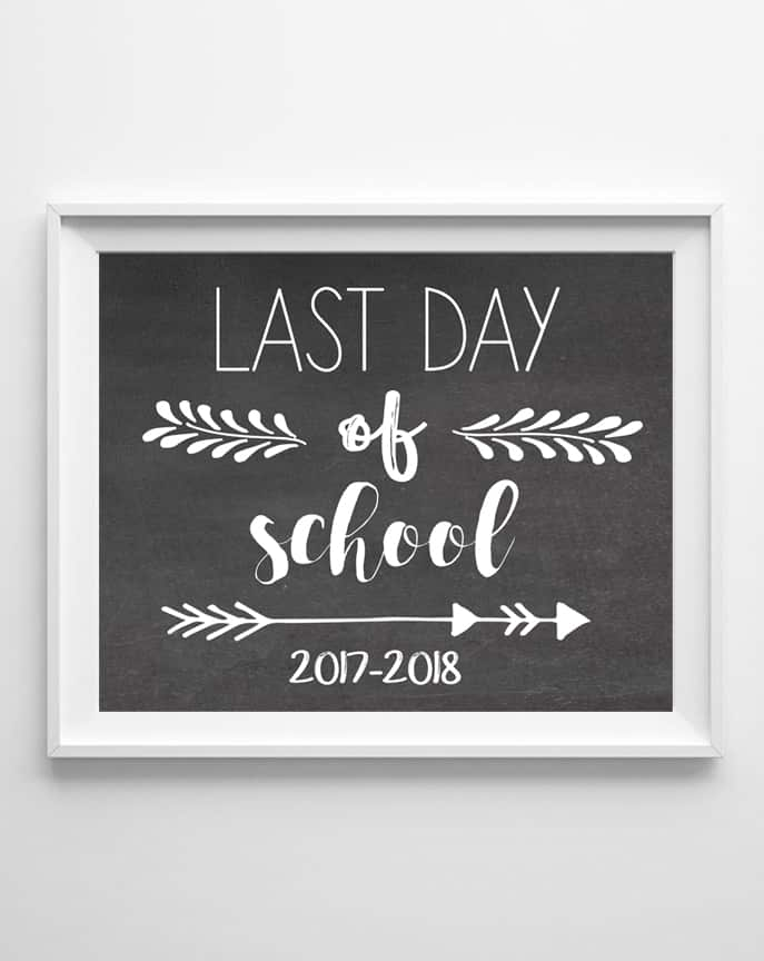 last day of school sign