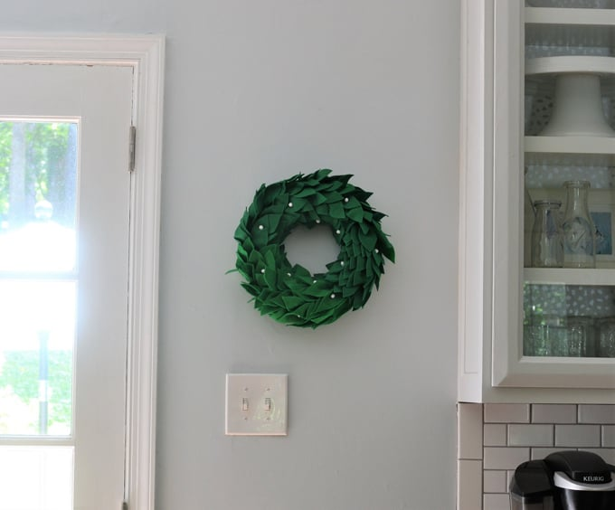 diy felt wreath