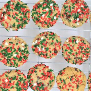 chocolate chip christmas cookies 2