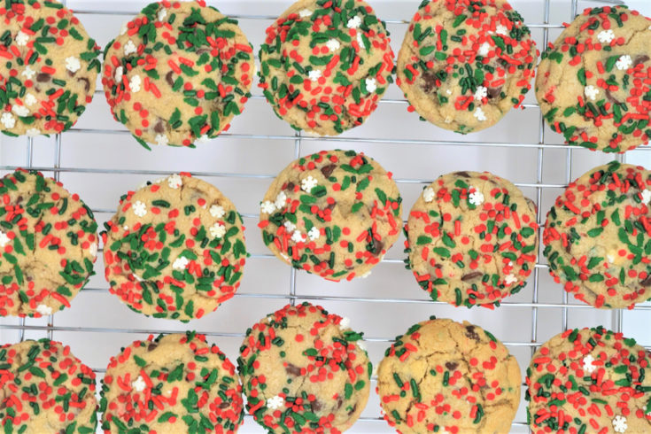chocolate chip christmas cookies 2