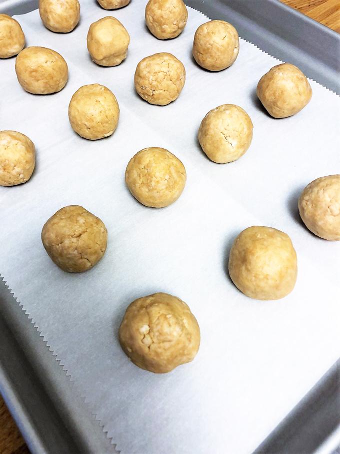 christmas peanut butter balls 6