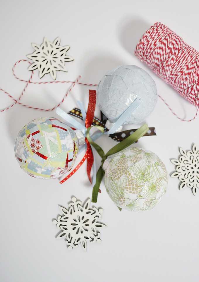 DIY Christmas Ornaments {How to Mod Podge Glass Ornaments}