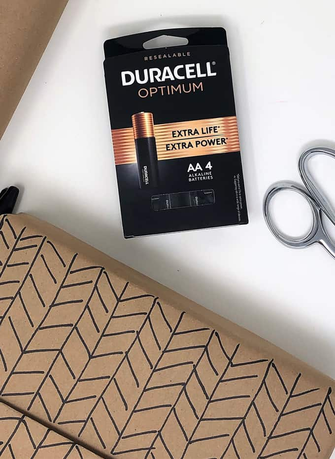 duracell batteries, gift, scissors