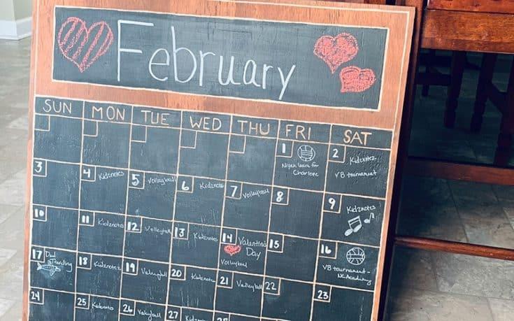 How To Make A Wood Chalkboard Wall Calendar